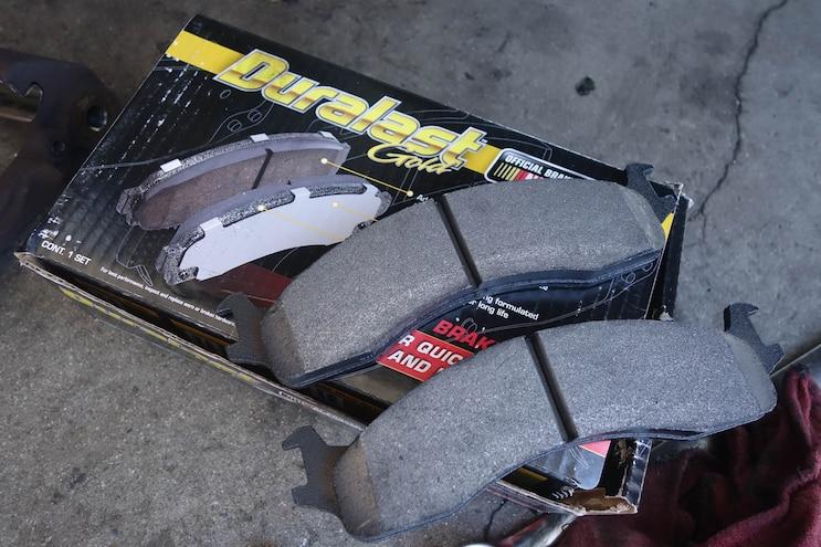 014 Stand Tall Duralast Brake Pads