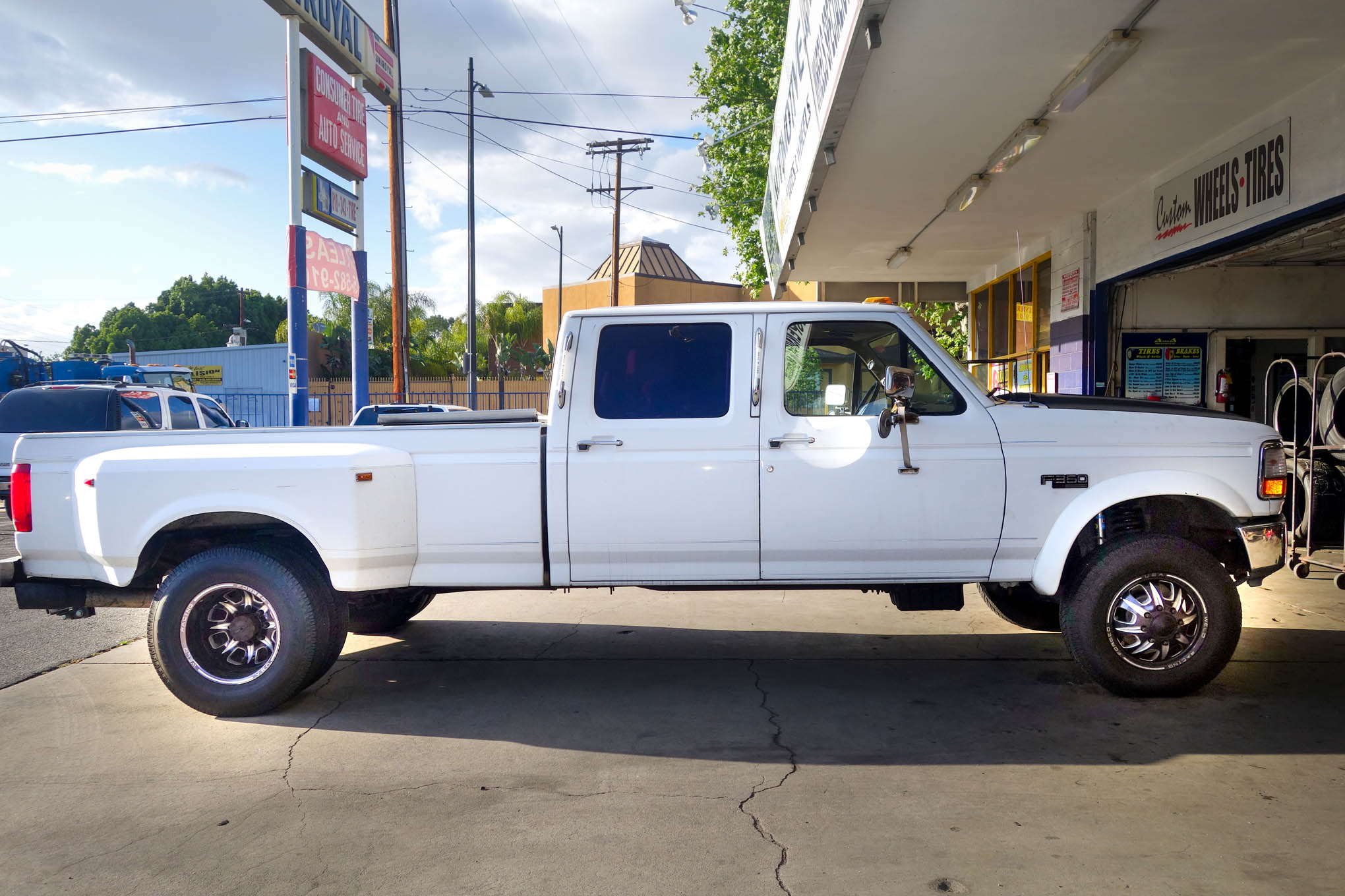 1995 2wd F 350 Dualie Gets Leveled And A Front End Upgrade
