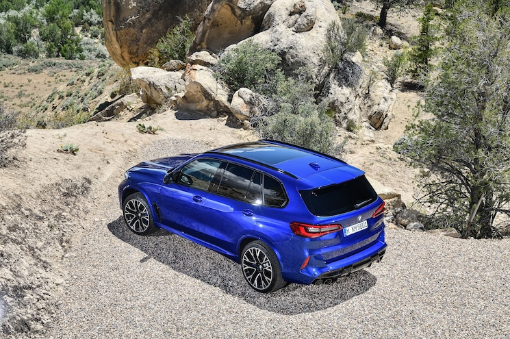 2020 Bmw X5 M Competition Exterior Rear Quarter 01
