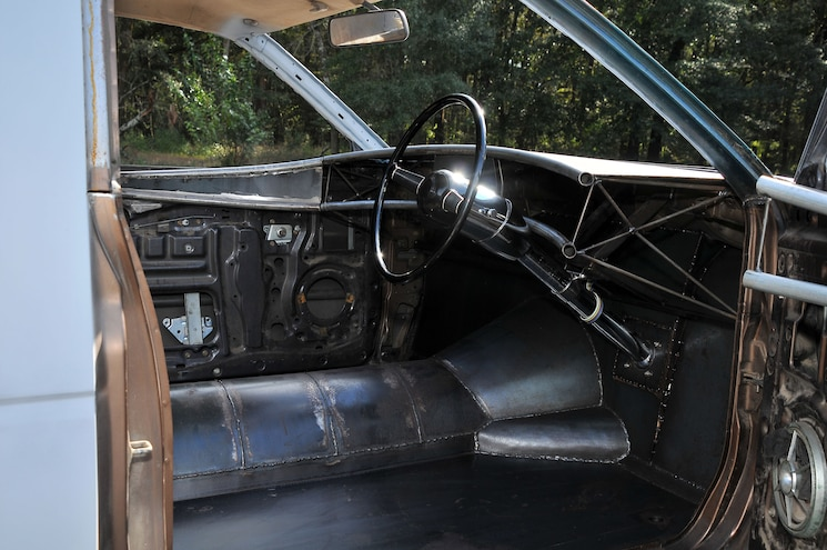 Busted Knuckles 1988 Nissan Hardbody Relic Interior
