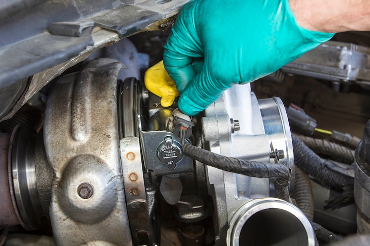 Ford 6 0l Power Stroke Garrett Powermax Turbo Install 016