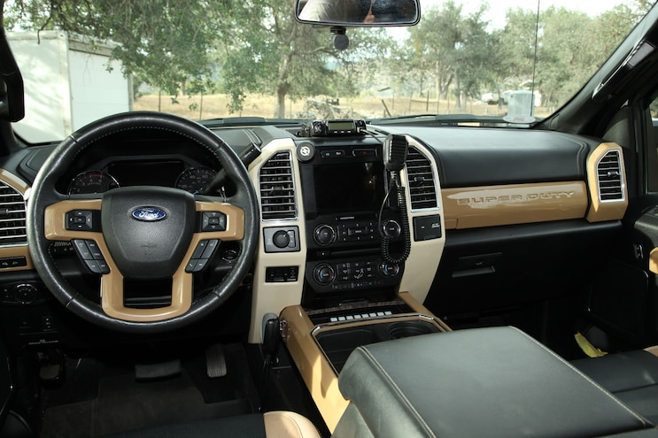 Hellwigs Ford F 350 Interior