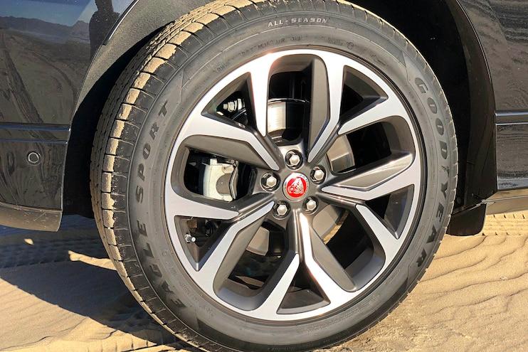 Road Test 2019 Jaguar I PACE Wheel