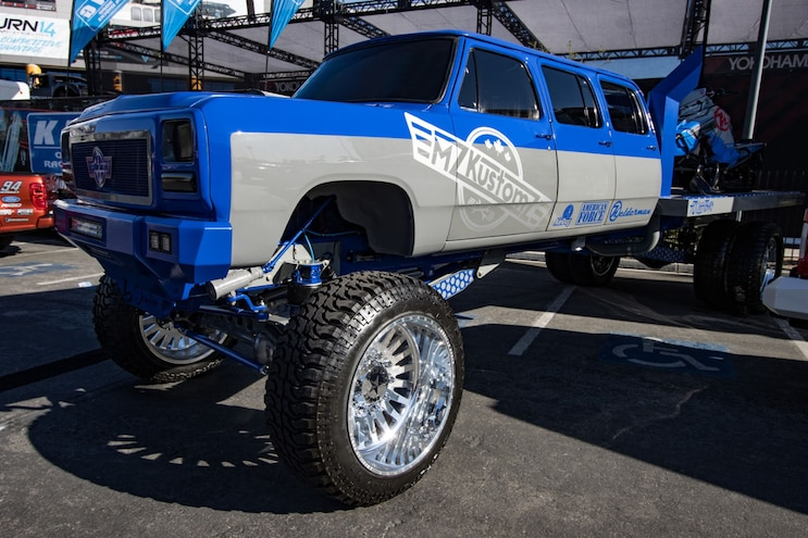 Sema 2019 Truckin Oddities Mzkustomz