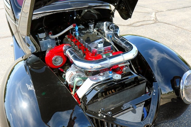 004 1939 Ford Sedan Deluxe Engine