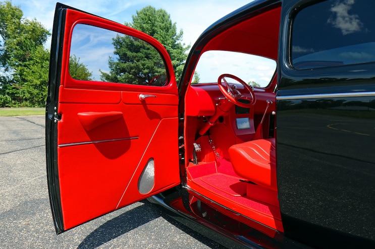 014 1939 Ford Sedan Deluxe Interior