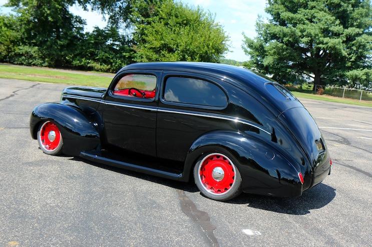 020 1939 Ford Sedan Deluxe Rear Three Quarter