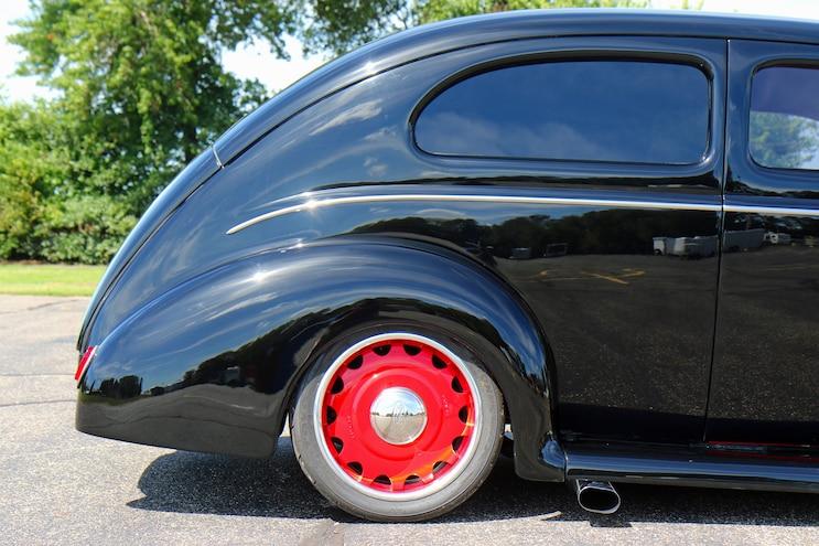 023 1939 Ford Sedan Deluxe Rear Tire