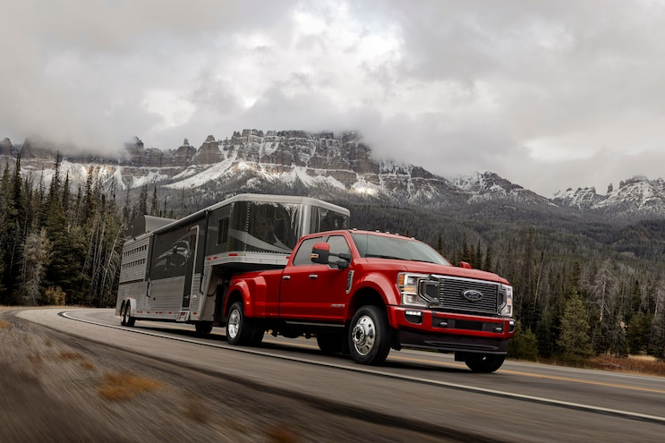 New Trucks That Tow 20,000 Pounds or More