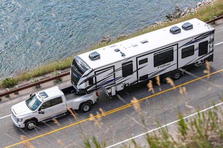 009 Trucks That Tow 30000 Pounds 2020 Gmc Sierra Hd