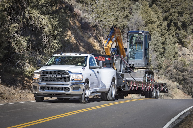 011 Trucks That Tow 30000 Pounds 2020 Ram 3500