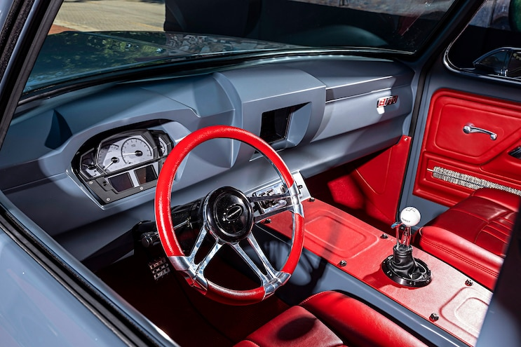 1976 Ford B100 El Chapo Interior