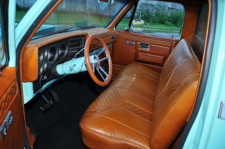 1985 Chevy C10 Bought Not Built Interior