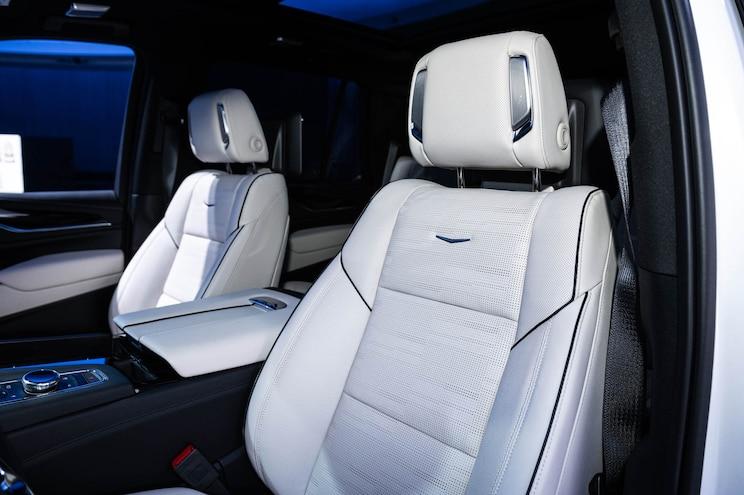 043 2021 Cadillac Escalade First Look