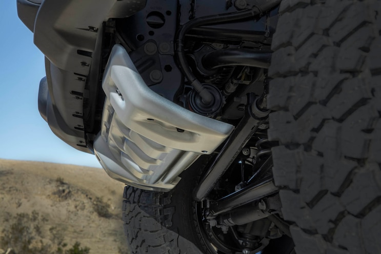 05 Jeep Gladiator Mojave Silver Front Skidplate Protecting Fox Shocks Remote Reservoirs