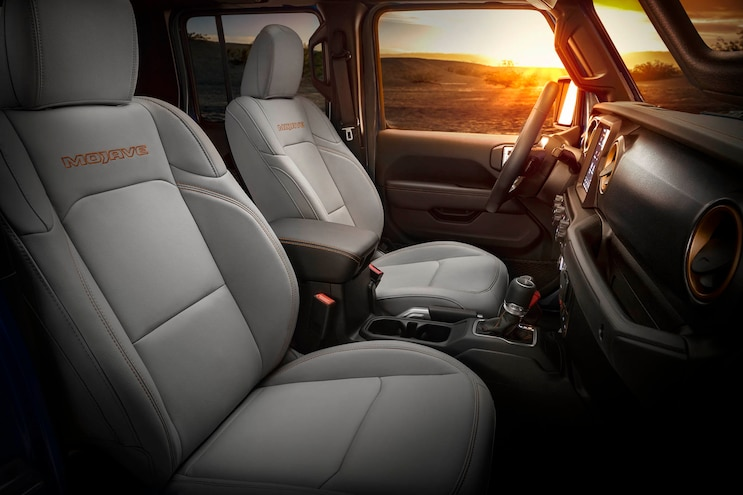 16 Jeep Gladiator Mojave Package Side Bolster Front Seats With Orange Stitching