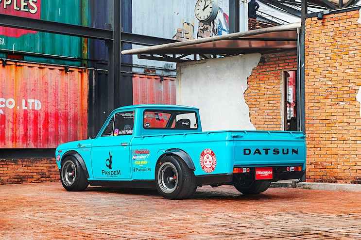 1971 Datsun 1300 Truck Pandem Fender Flares
