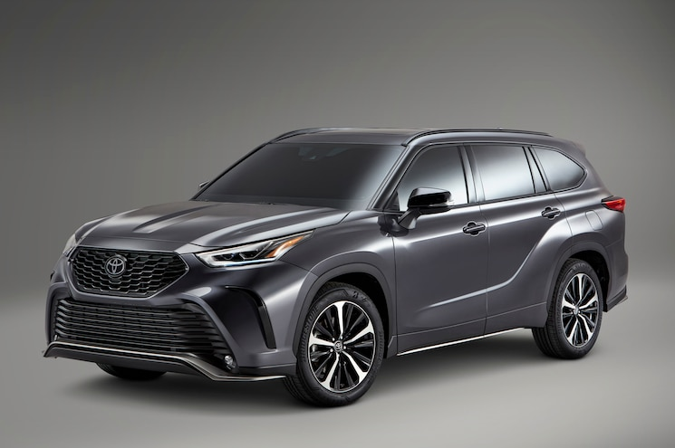 2021 Toyota Highlander XSE First Look - Chicago Auto Show