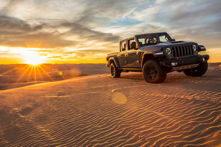 Jeep JT Gladiator Mojave vs Gladiator Rubicon: What's the Difference?