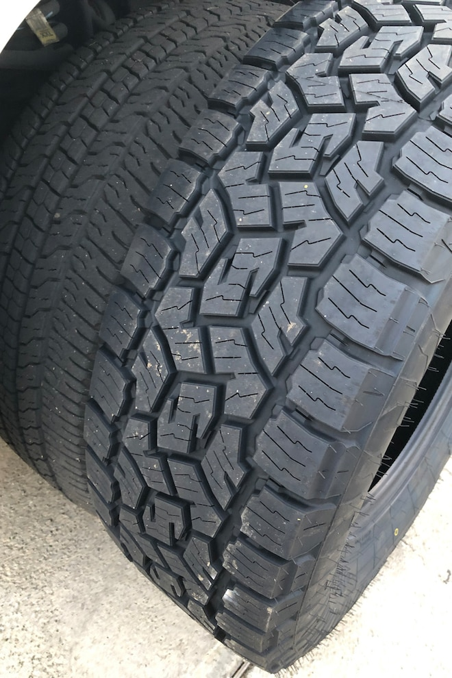 002 Toyo Tires Open Country A T Iii