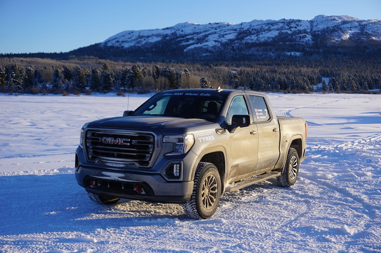 2020 Alcan 5000 Rally Gmc Sierra 1500 At4 Front 3q