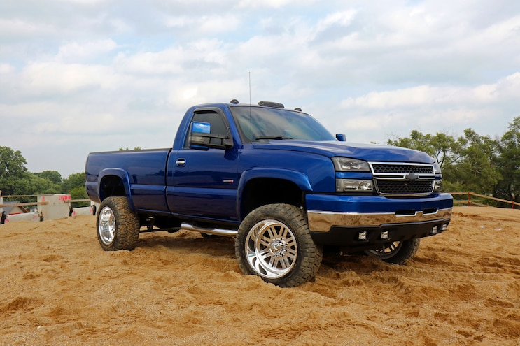Chevy Silverado 2500hd 6 Speed