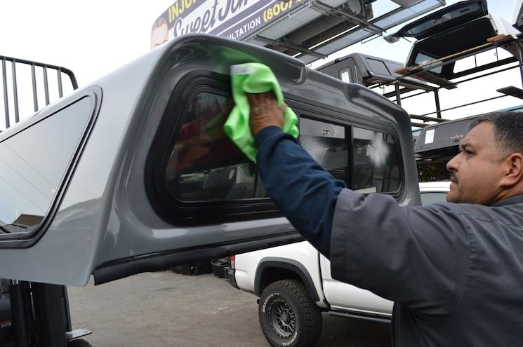 006 Snugtop Rebel Truck Bed Cap Toyota Tacoma