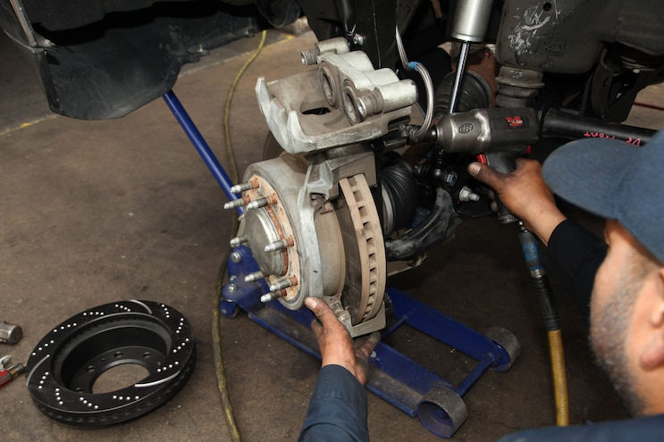 2015 Gm 2500 Install Part Three 11