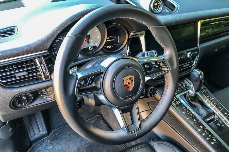 2019 Porshe Macan S Daily Driven Interior