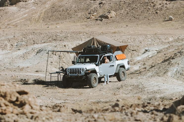 Jeep JT Gladiator Front Runner Bed Rack