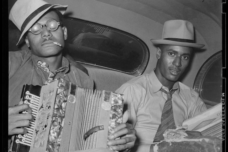 Musicians In Buick