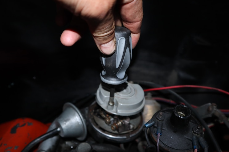 Small Block Chevy Tune Up Ignition 09