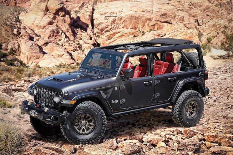 Jeep Teases 392ci V-8-Powered Wrangler Rubicon JL Concept