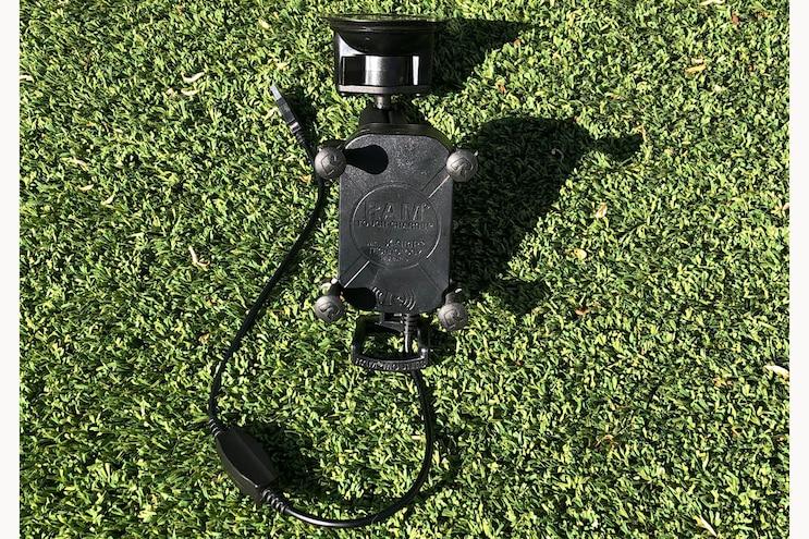 002 Ram Mounts Wireless Phone Charger