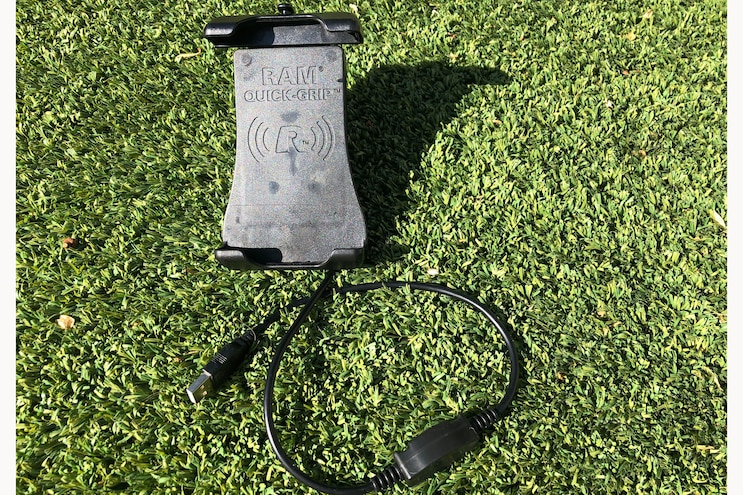 004 Ram Mounts Wireless Phone Charger