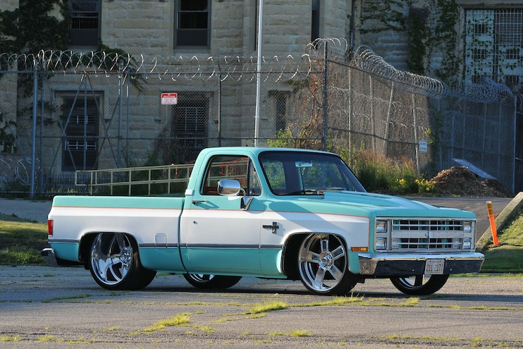 003 Top 10 Slammed Chevy And Gmc Trucks