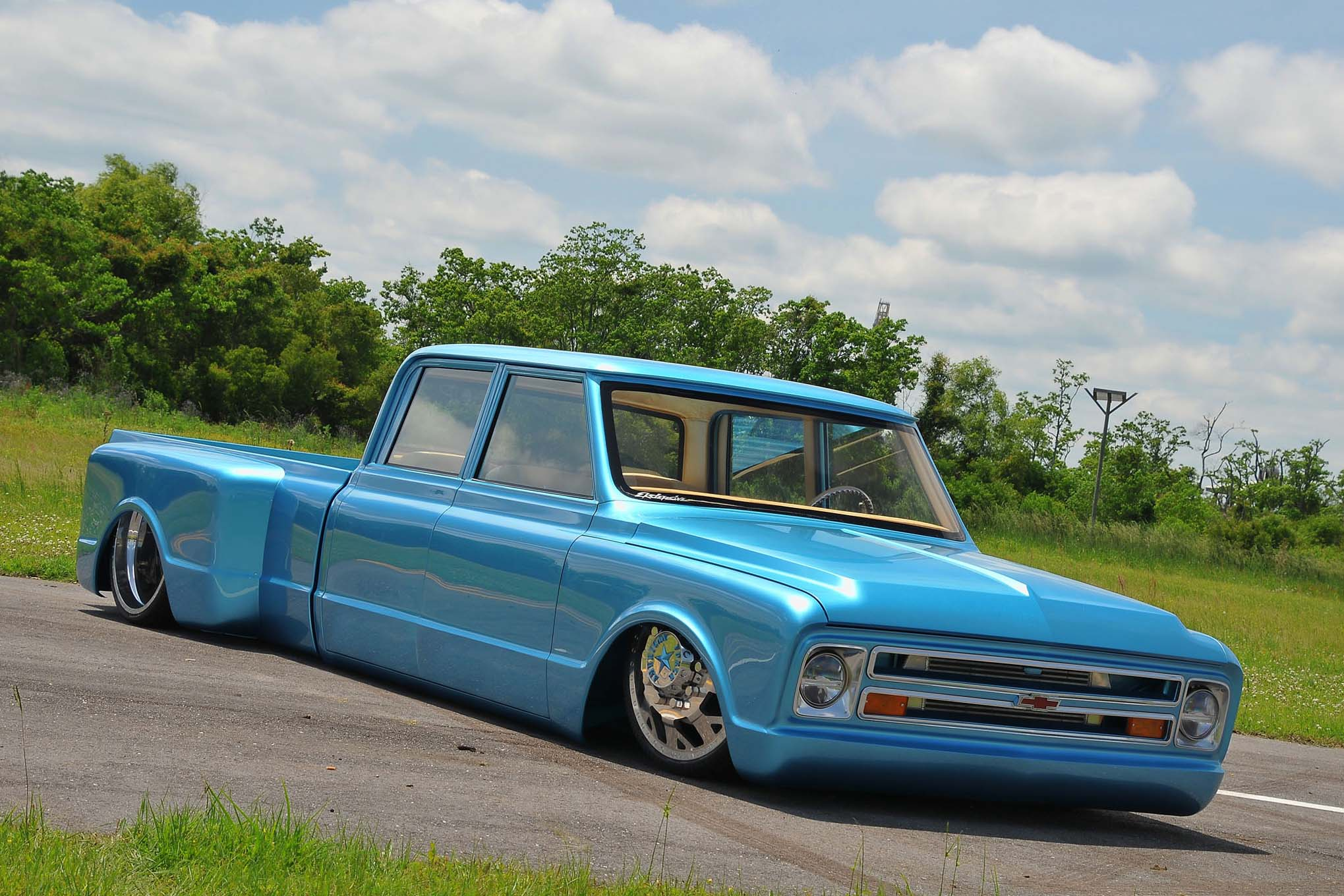 Top 10 Lowered Chevy And Gmc Trucks