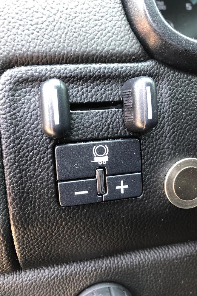 Tow Pro Liberty Trailer Brake Controller 03