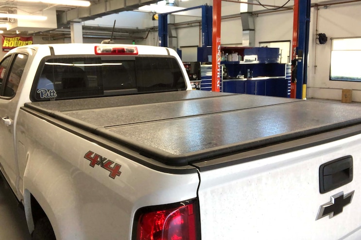 002 Retractable Tonneau Cover