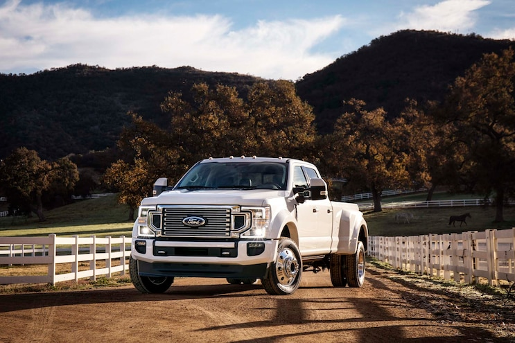 02 Pickup Trucks That Tow The Most