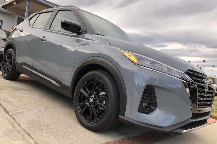 003 2021 Nissan Kicks