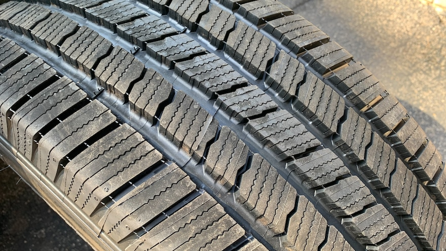 10 How To Choose The Best Tires For Your SUV Michelin Defender LTX