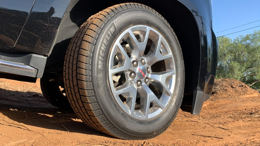 21 How To Choose The Best Tires For Your SUV Michelin Defender LTX