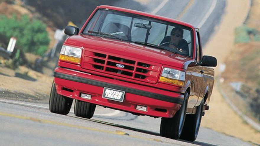 Differences Between First-Gen Ford Lightning and F-150