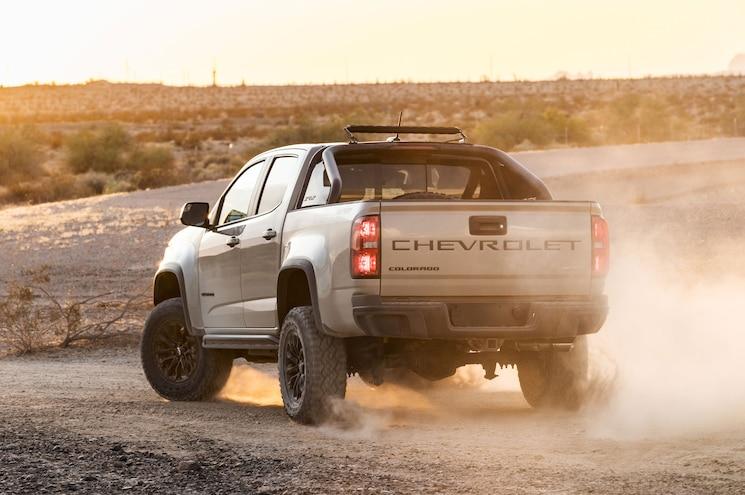 2021 Chevrolet Colorado Zr2 Rear Quarter 01
