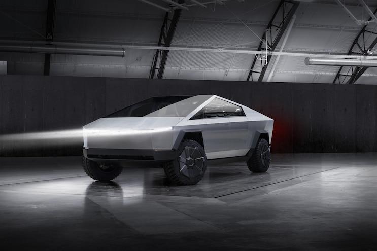 191121 Tesla Cybertruck 011