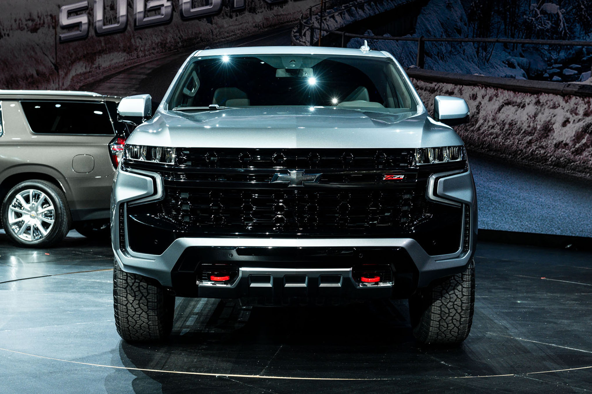 what is the 2021 chevrolet suburban and 2021 chevrolet tahoe z71 off