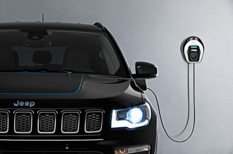 2021 Jeep Compass 4xe First Edition Wallbox