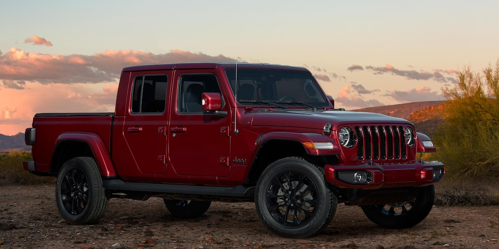 2020 Jeep Gladiator High Altitude Snazzberry 7