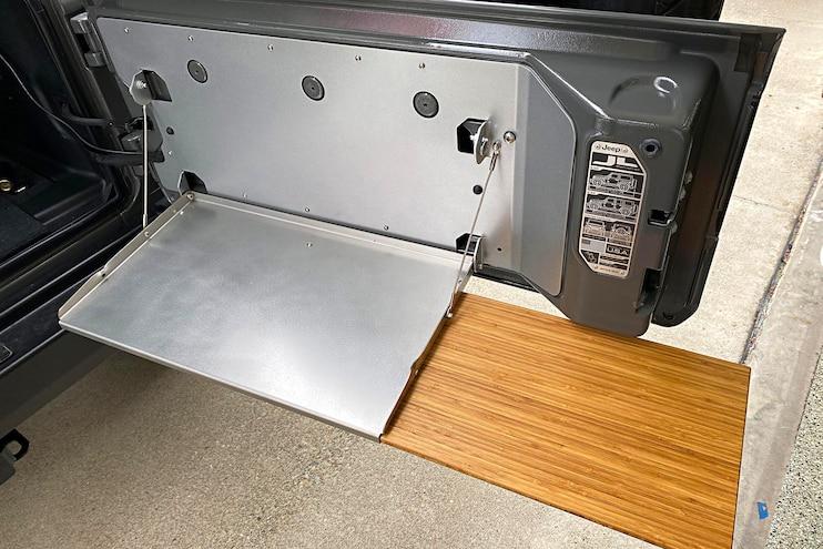 011 Trailgater Install